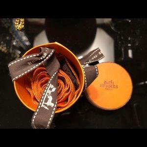 "Hermès Twilly ""H E R M E S"" Hermes Orange. EUC"